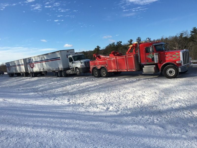 Interstate Northeast, Inc._Towing (14)
